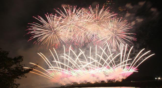 山梨県の花火大会