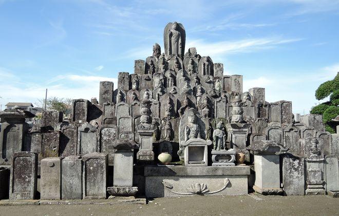 無縁仏の供養塔|正福寺(幸手市)