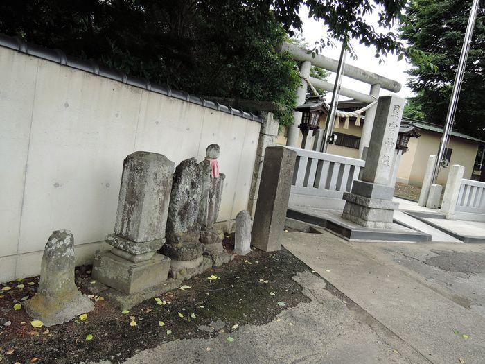 平柳星宮神社の石仏
